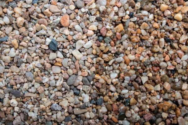 Zierkies - Kieselsteine - bunt gemischt für Wege, Einfahrten, Parkplätze oder Beetanlagen 2-8 mm