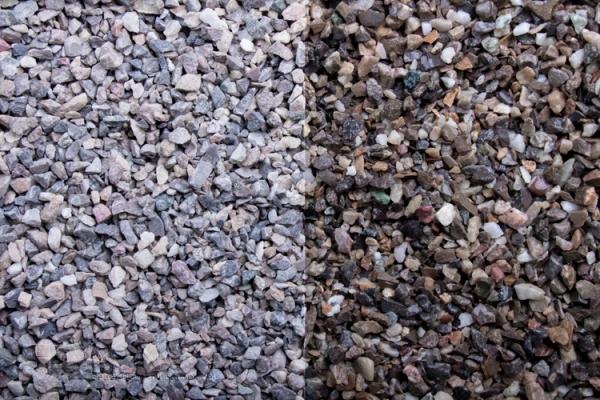Irland Gestein Zierkies / Ziersplitt für Wege, Einfahrten, Parkplätze oder Beetanlagen 2-5 mm